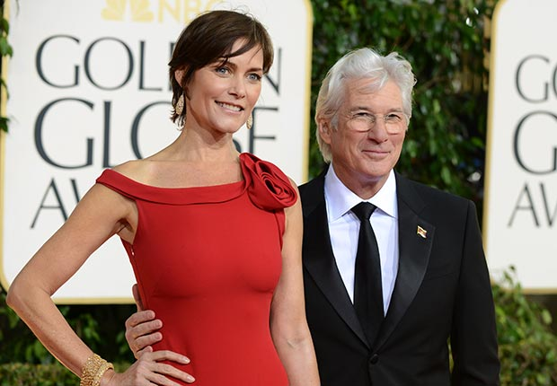 620-carey-lowell-richard-gere-golden-globe-award.imgcache.rev1358193066896