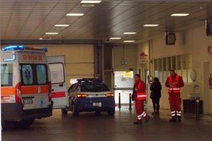 Milano, crolla controsoffitto in una scuola elementare: quattro bimbi colpiti