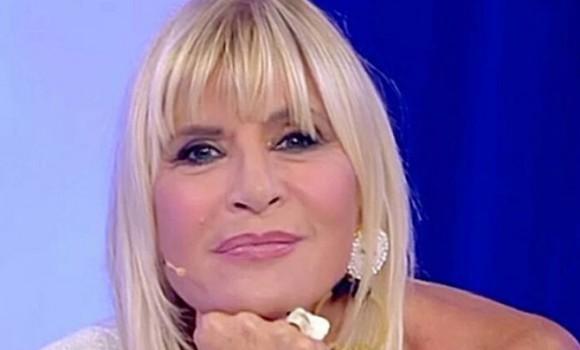 Gemma Galgani, la doppia vita dalla tv al lavoro: direttrice di sala a teatro