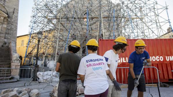 """""""Giovani e solidarietà, nasce il nuovo servizio di volontariato europeo"""""""