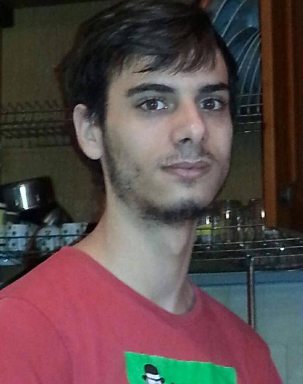 """""""Giovanni, scomparso nel nulla: l'appello della mamma su Facebook"""""""