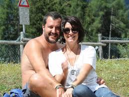 Elisa Isoardi, Pasqua a Ischia con Matteo Salvini tra visite ufficiali, pesca e cena nel famoso 'La Romantica'