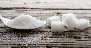 Alimenti e bevande pieni di zuccheri (nascosti): la lista