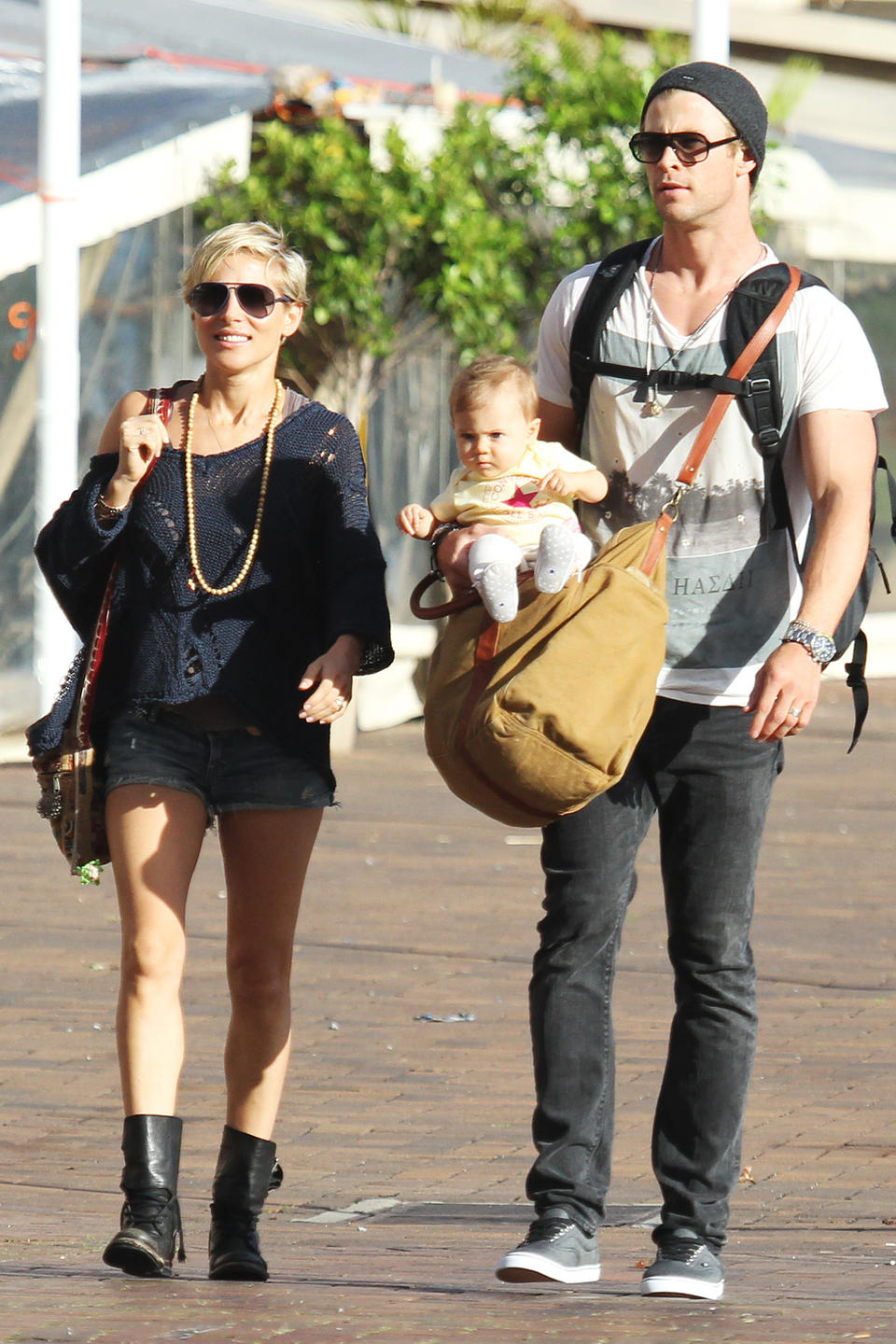 Chris Hemsworth & Elsa Pataky Down Under With Baby India