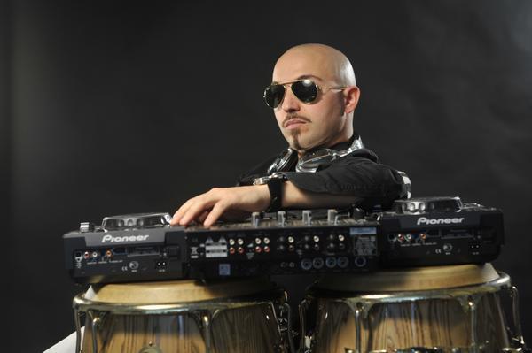 sa.6-8-11Solelunail-top-drummer-internazionale-Silvano-Delgado-3