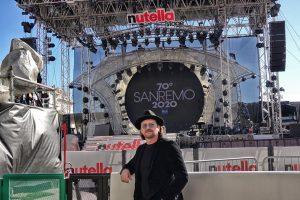 Sanremo 2020, vince Diodato ma il sosia di Bono Vox ruba la scena al parterre di ospiti